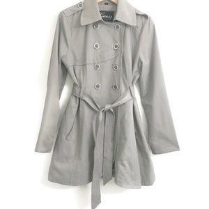 Guess grey Jacket/Trench Coat L0242